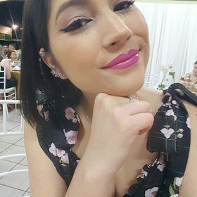 Viviane Carvalho