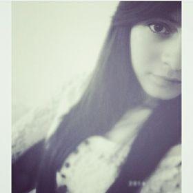 Laury Mendoza