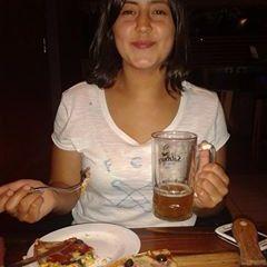 Camila Hinostroza