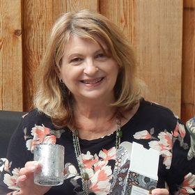 Lucie Edwards