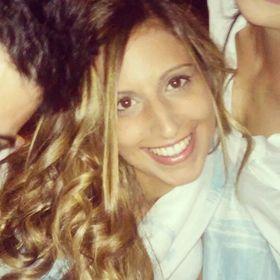 Cláudia Torres