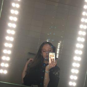 Maisie Williams - maisiewills12