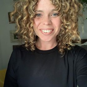 Curly Colleen: Curly Hair & Curly Girl Method Tips