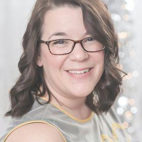 Kat DeMello