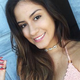 Letícia Campos