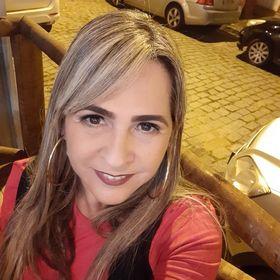 Maria Helena Meneguelli