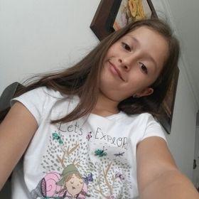 Angela Maria Betancurth Londoño