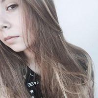 Ariana Mazur
