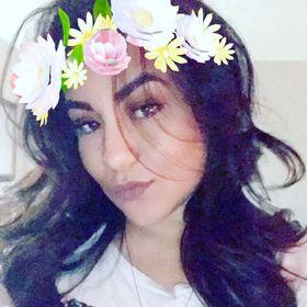 Hairless brunette teen babe anal