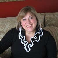 Delia Tavares