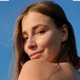 Yana Valein
