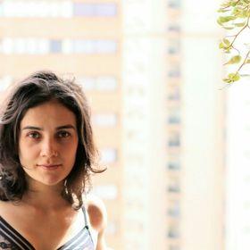 Raísa Queiroz