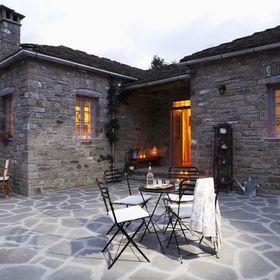 Papigo-Stonehouse