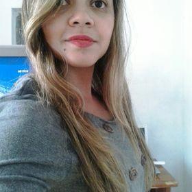Cíntia Mendes