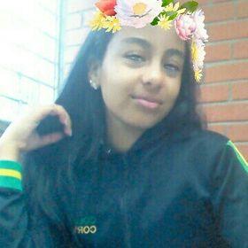 Juliana Estrada