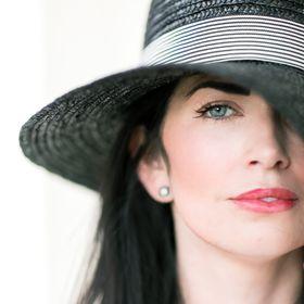 Alisha Crossley | Birmingham + Destination Wedding Photographer