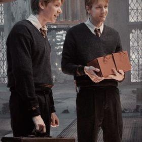 The Weasley twin's best girlfriend❤