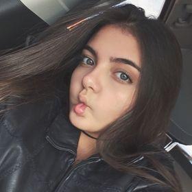 Isabela Pezzi