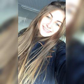 Julia Eduarda