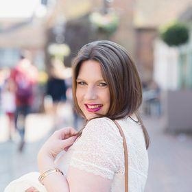 Nicola Louise - Makeup Artist