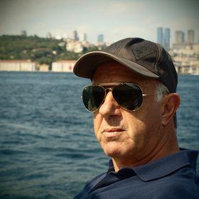 George Linardos