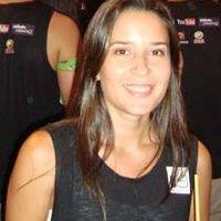 Thania Sampaio