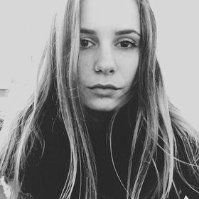 Alexandra Bogdán