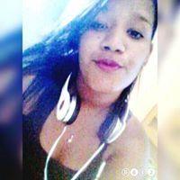 Carolayne Santana