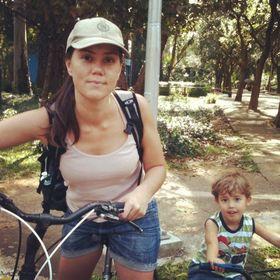 Katia Regina Almeida