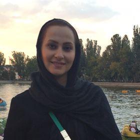 Elnaz Akbari