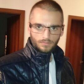 Viktor Lences