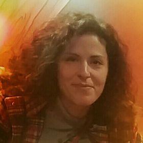Irene Metaxa-Chris Tsiavos