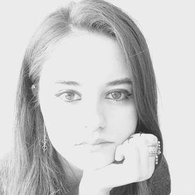 Elif Demirbas