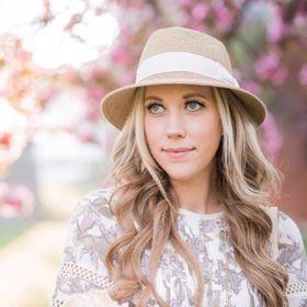Renee M. LeBlanc   Fashion & Lifestyle Blogger
