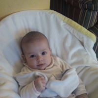 Andrea Gomez V
