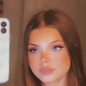  Cheyenne Nicole 
