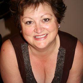 Lynn Yake