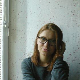 Tanja Jurgec - Vegan writer and blogger & Self Love Enthusiast