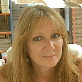 Debbie Stelling