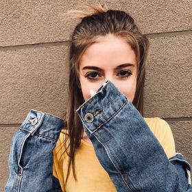 Adriana Bantus