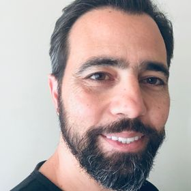Michalis Makridakis