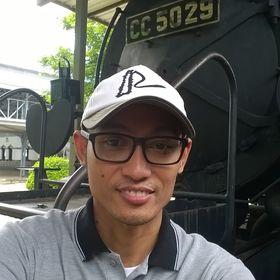 August Praymunor