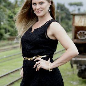 Débora Mielke