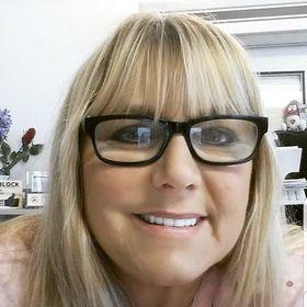 Rhonda DeDora