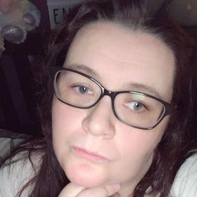 Nicola J Ogston - Parenting, Disability & Lifestyle
