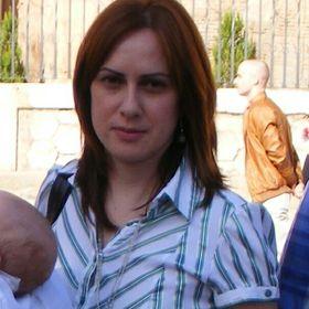 Beatriz J Ba