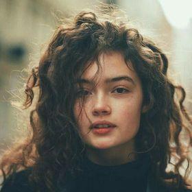 Liza Mona