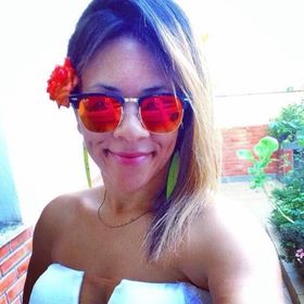Luana Oliveira Flues