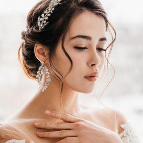 Silver Tone Diamante Teardrop Pearl Wedding Hair Comb Bridal Hair Comb Headpiece Hair Accessory Bridal Jewelry Barn Wedding Whimsical