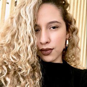 Mayara Ferreira (mayaferreiira) no Pinterest adb42daef2